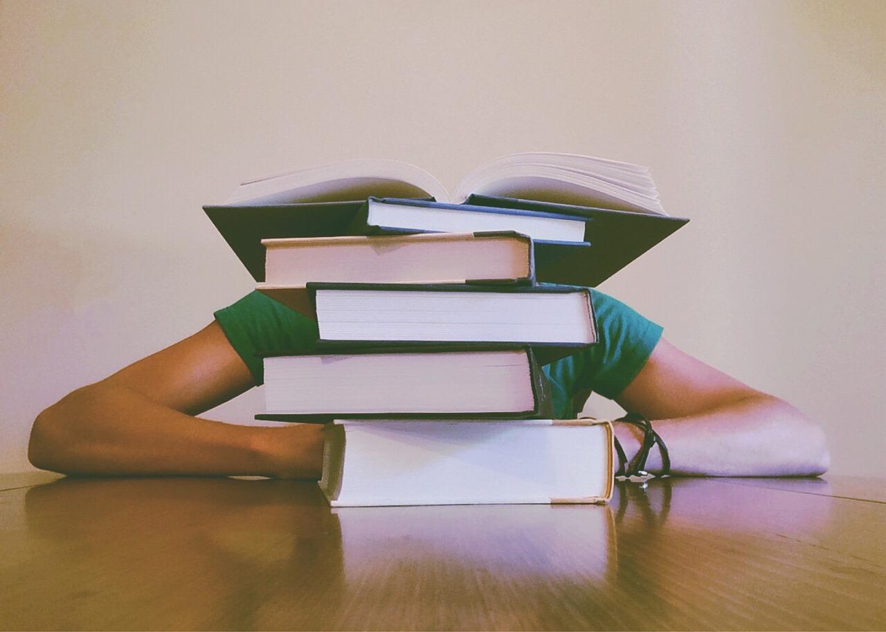 英会話を独学で学ぶ!間違えやすい教材選びのコツと需要なポイントとは?