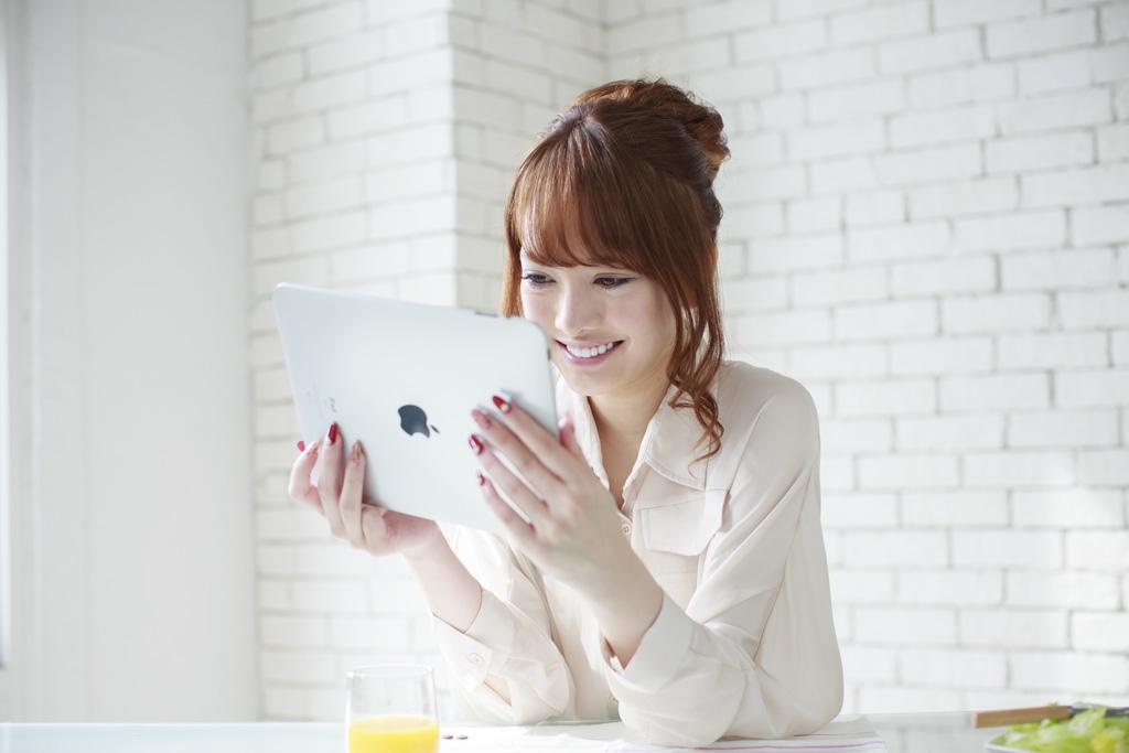 スカイプを使うオンライン英会話でタブレットはどんなメリットデメリットがあるの?