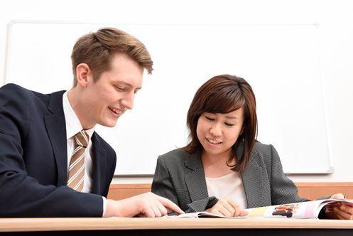 英会話スクールは通うだけ無駄!?失敗・成功談から導き出すあなたの選択肢は?